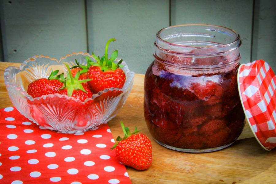 confiture aux fraises